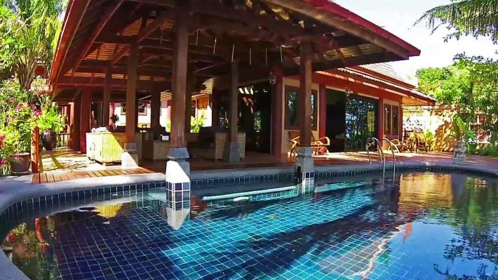 Classic House - Zwembad